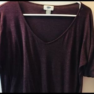 Casual v neck t-shirt